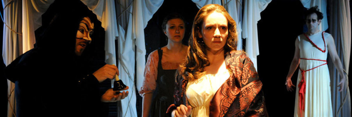 Justine C. Turner plays the title character in The Duchess of Malfi.